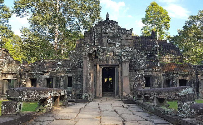 Xvlor.com Banteay Kdei is Buddhist temple ruins built by King Jayavarman VII