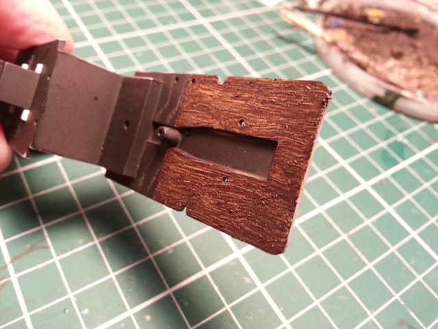 Scale model woodgrain effect using oil paints