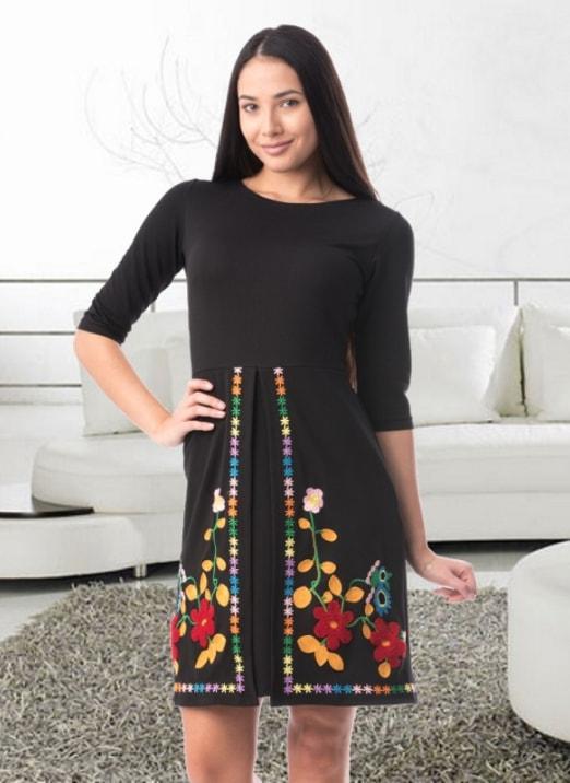 Rochie plus size dreapta cu imprimeu floral