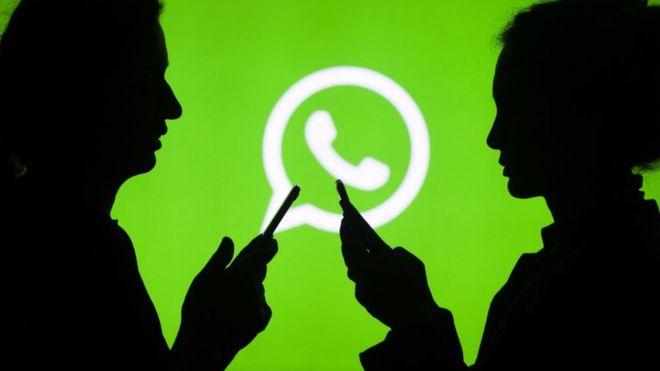 Por qué WhatsApp te avisa ahora de si un mensaje es reenviado