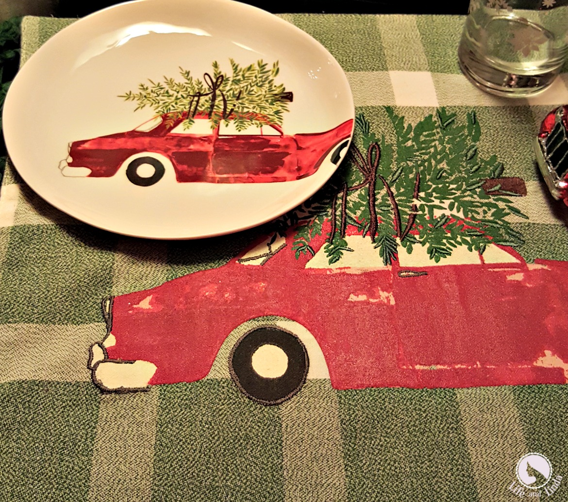 Vintage Red Truck Christmas Placemats.Vintage Car Tablescape Life And Linda