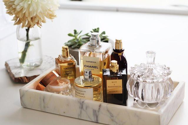 bagno arredamento bagno come organizzare i prodotti beauty in bagno profumi packaging particolare profumi da regalare profumi dal design particolare profumi che fanno arredamento profumi 2021 beauty blog beauty tips color block by felym blogger italiane