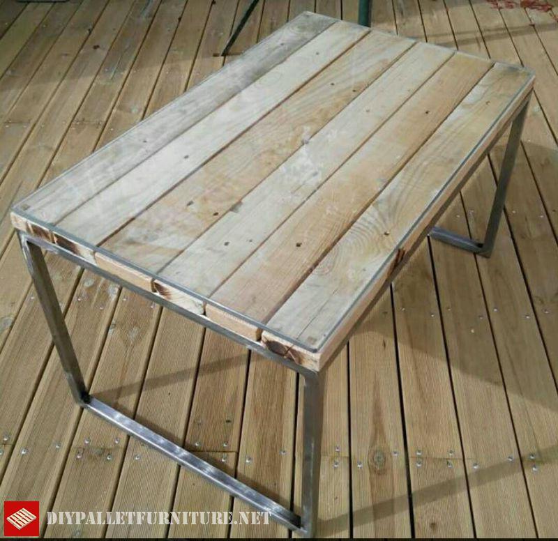 Mesa con estructura de acero y palets - Estructuras para mesas ...