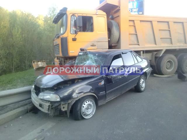 В Уфе «Нексию» смял грузовик