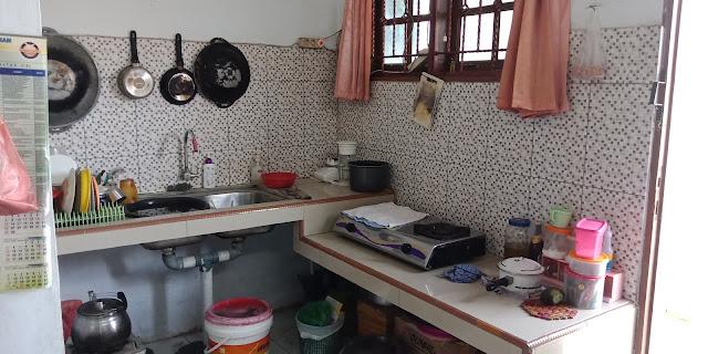 Dapur  Rumah Murah Dijual Di Jl Flamboyan 8 Dekat Pajak Melati Medan Sumatera Utara