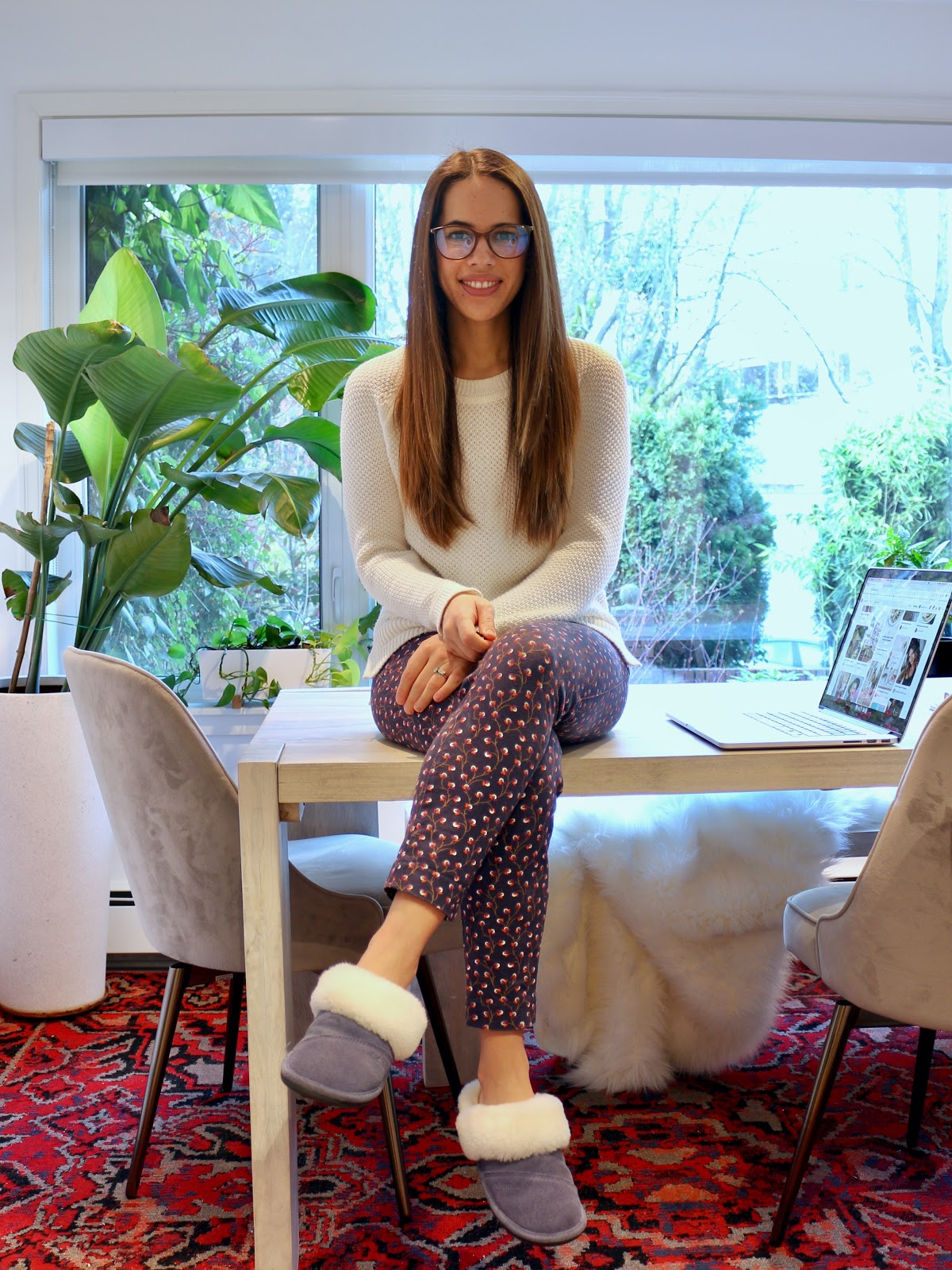 Jules in Flats - Old Navy Textured Sweater + Patterned Pixie Pants (Business Casual Workwear on a Budget)