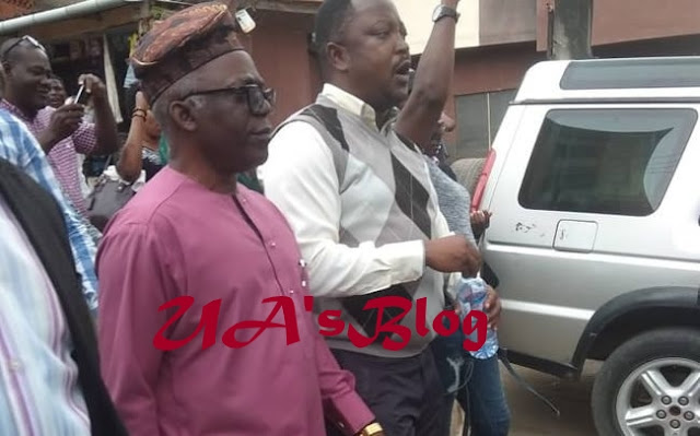 BREAKING: Falana Confronts Police over Blockage of #RevolutionNow/CORE Venue [PHOTOS]