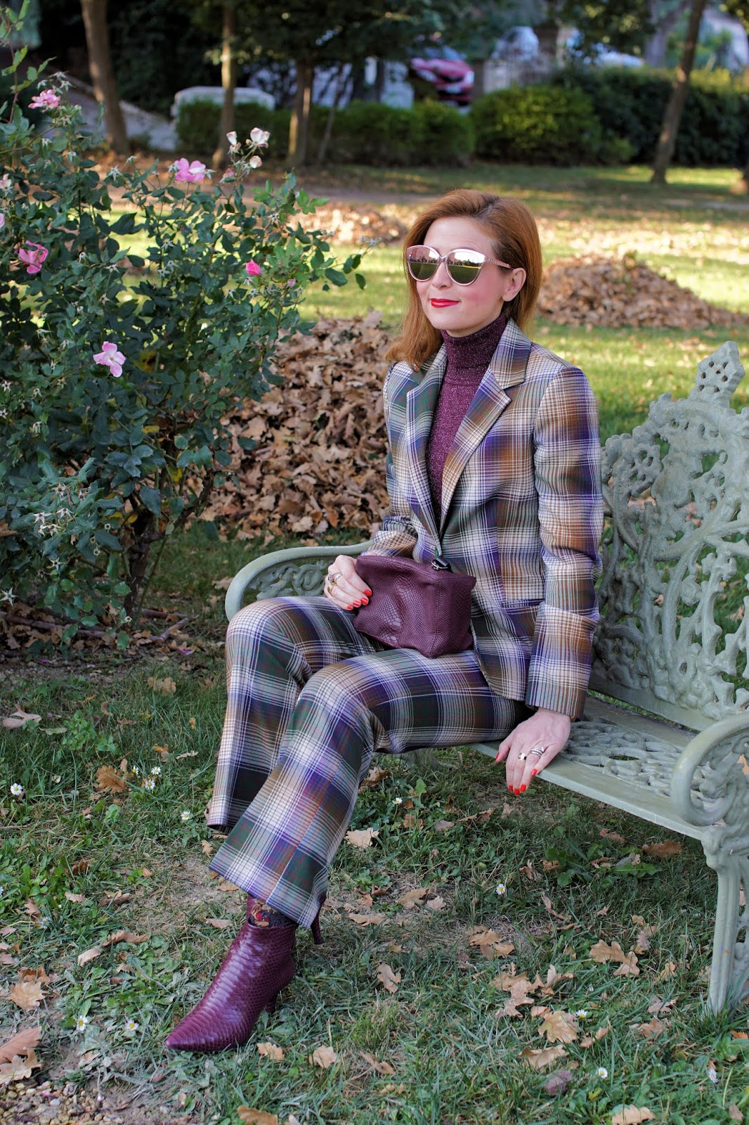 How to wear a plaid suit on Fashion and Cookies fashion blog, fashion blogger style