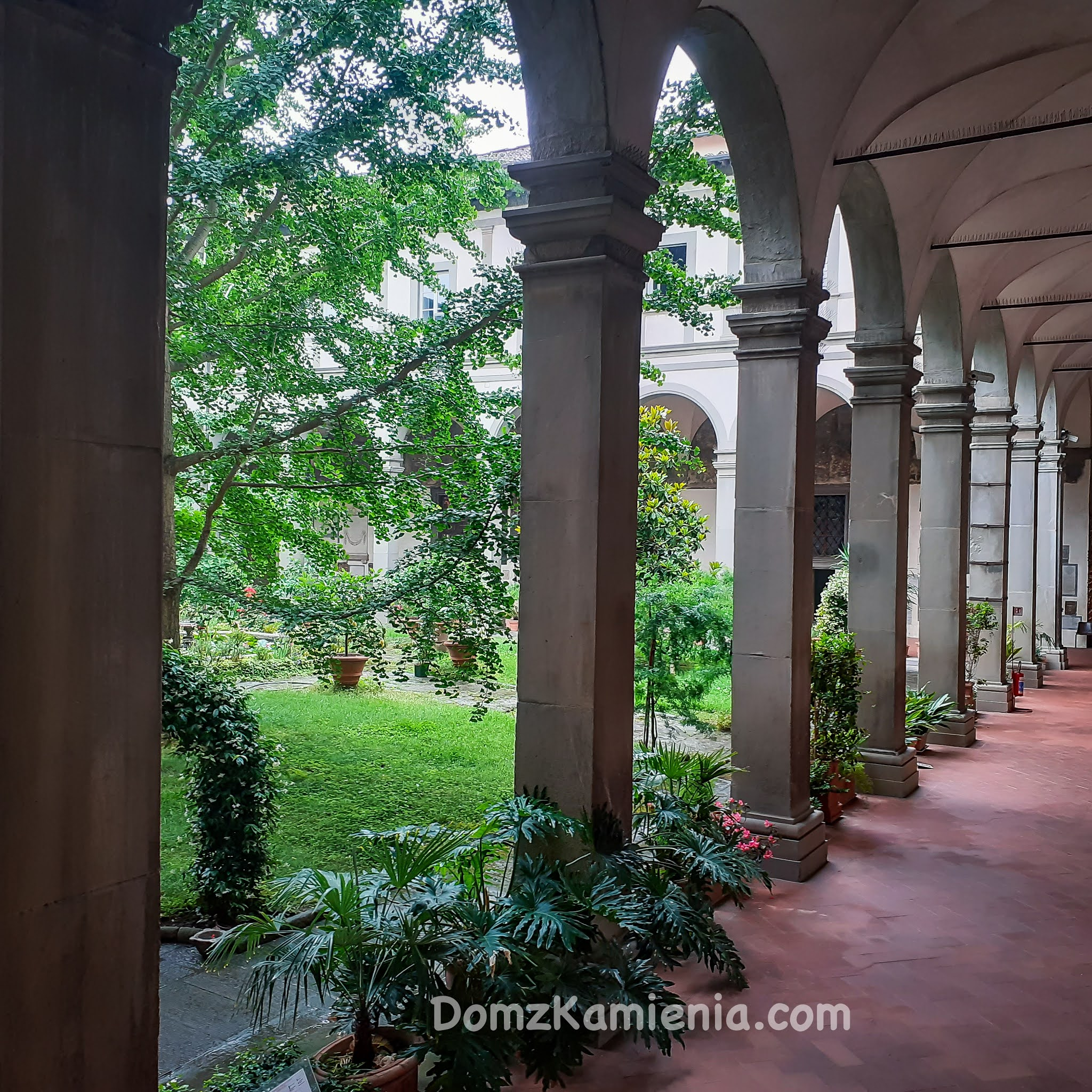 Spacer po Florencji Dom z Kamienia