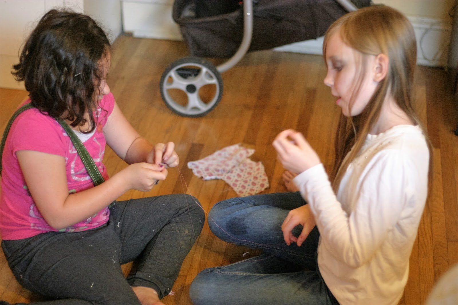 Genevieve Generally Uses Tape, The Stapler, And Hair Ties To Force Her  Fabric Into What She Has In Mind This Time, She Showed Her Friend How To  Hand Sew