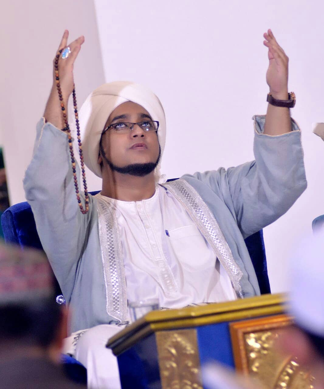 Download Wallpaper Habib Hasan 26032104