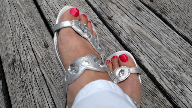 cherry nail polish