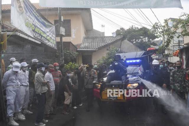 FPI soal Polisi Semprot Disinfektan ke Petamburan: Mereka Sangat Perhatian