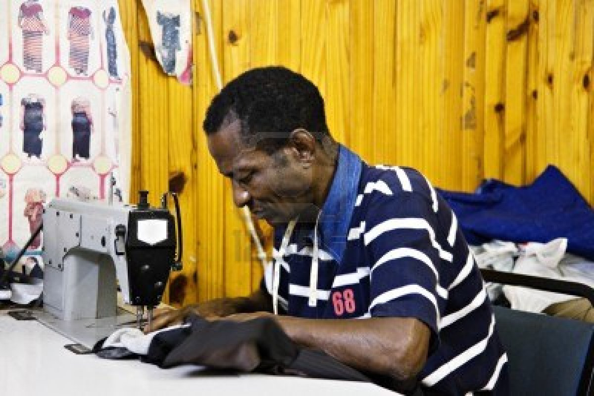 Kakki Topic The Difference Between A Fashion Designer And A Tailor