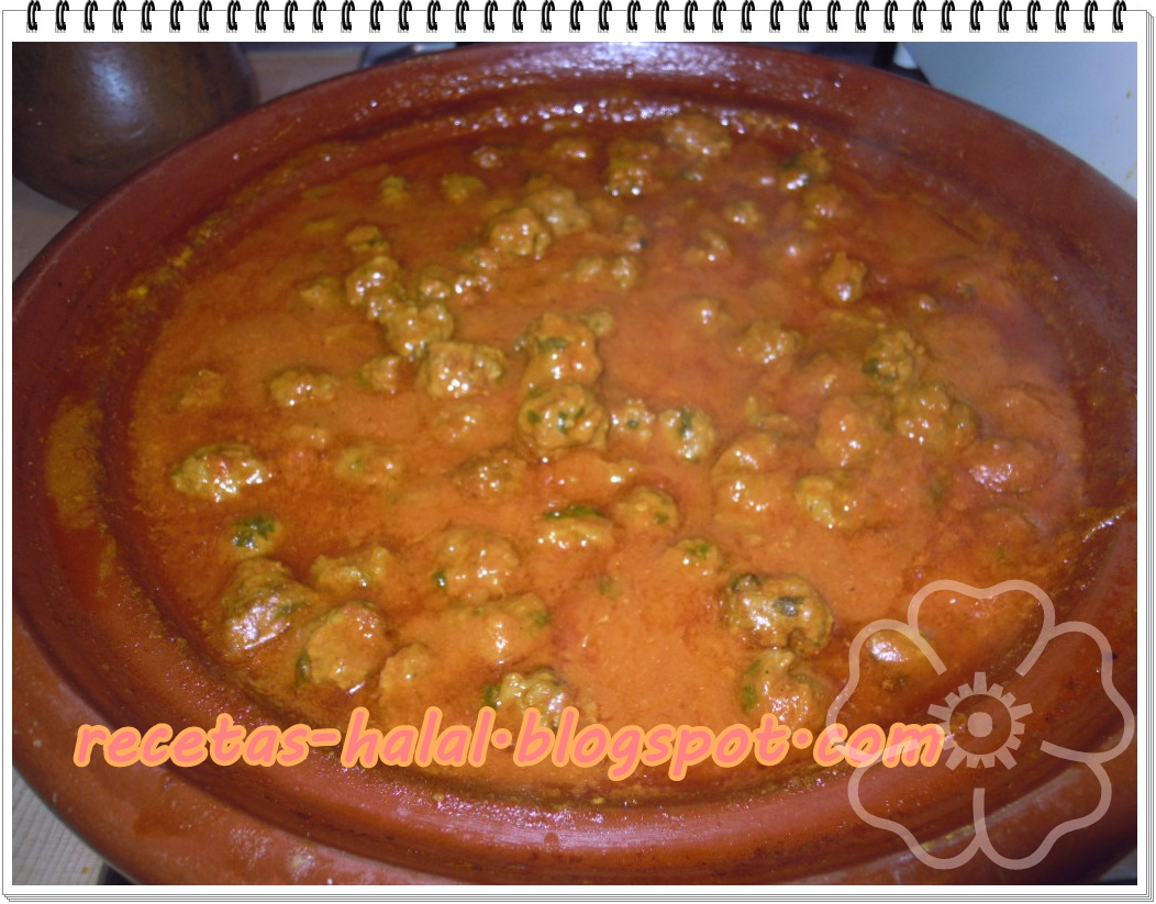 Mi rinconcillo de cocina halal: Tallin de albóndigas en salsa.
