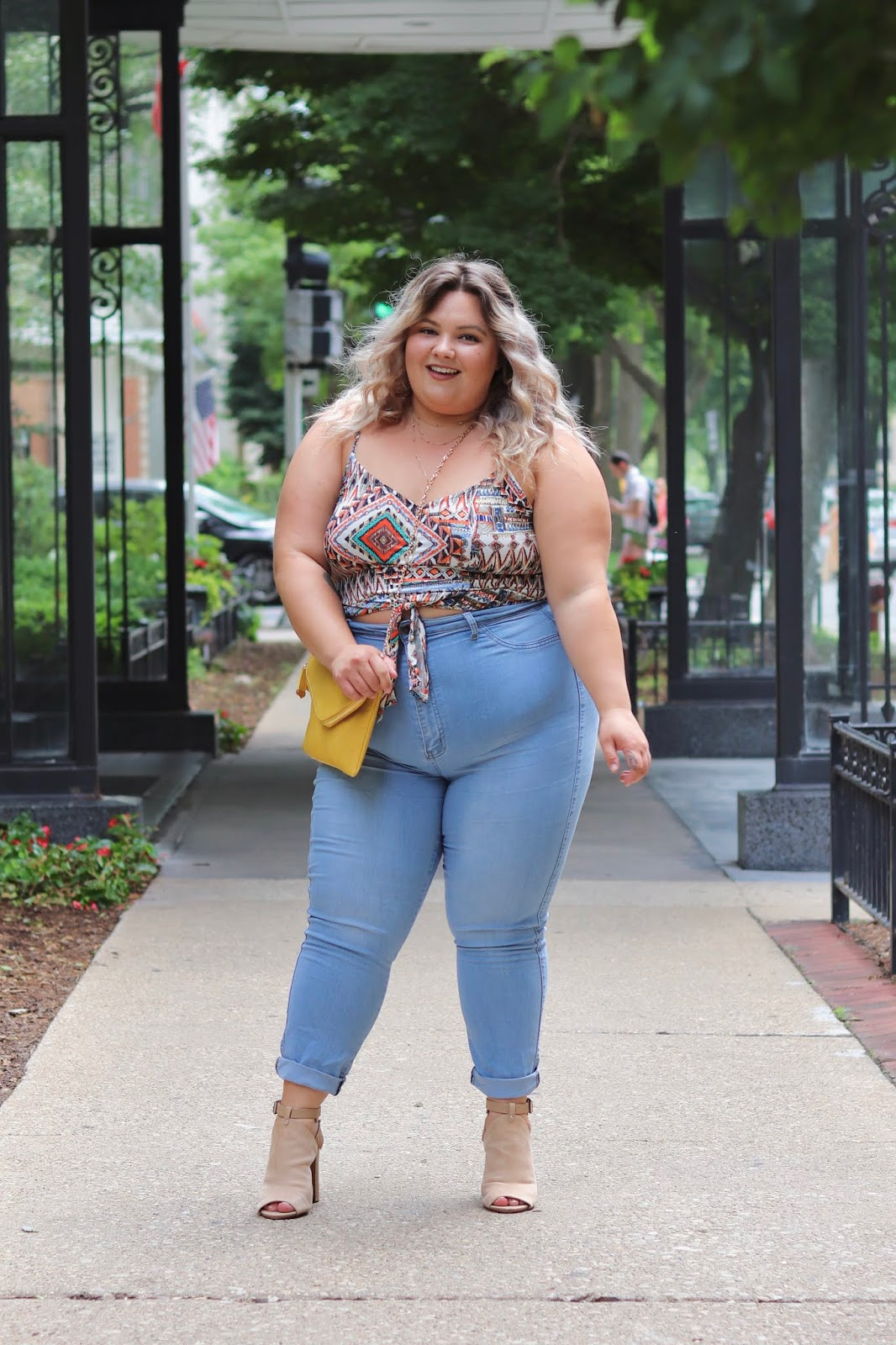 Chicago Plus Size Petite Fashion Blogger, influencer, YouTuber, and model Natalie Craig, of Natalie in the City, rocks crop tops from Gordmans, an off-price retailer, and embraces her insecurities.