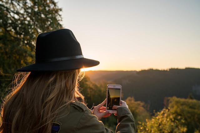 Sonnenaufgang an der Rabenklippe  Luchsgehege und Eckerstausee  Wandern in Bad Harzburg 03