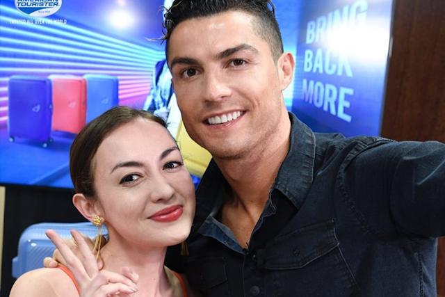 Rianti Cartwright Foto Bareng Cristiano Ronaldo Sukses Bikin Iri