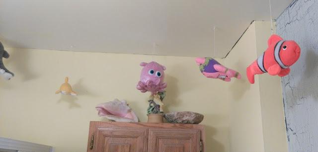 Dory bathroom decor ideas for kids kids creative chaos - Finding nemo bathroom sets ...