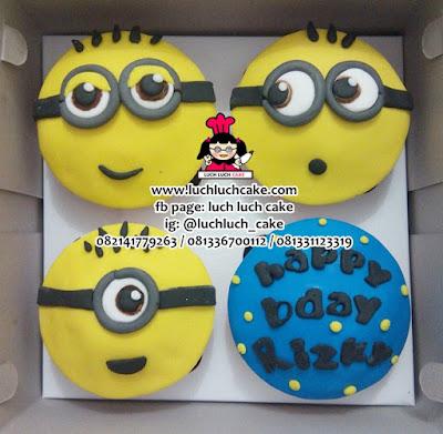 Cupcake Fondant 2d Murah Cocok untuk Ulang Tahun