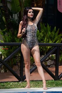 Sarah-Goodhart-In-Swimwear-On-holiday-in-Marbella-11+%7E+SexyCelebs.in+Exclusive.jpg