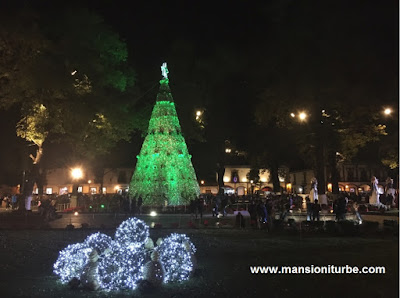 The Christmas Tree at the Vasco de Quiroga Square in Pátzcuaro