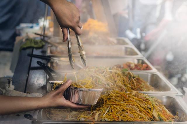 Tips Sehat Berwisata Kuliner