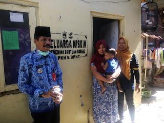 Labelisasi Penerima PKH dan BPNT di Kelurahan Ditotrunan