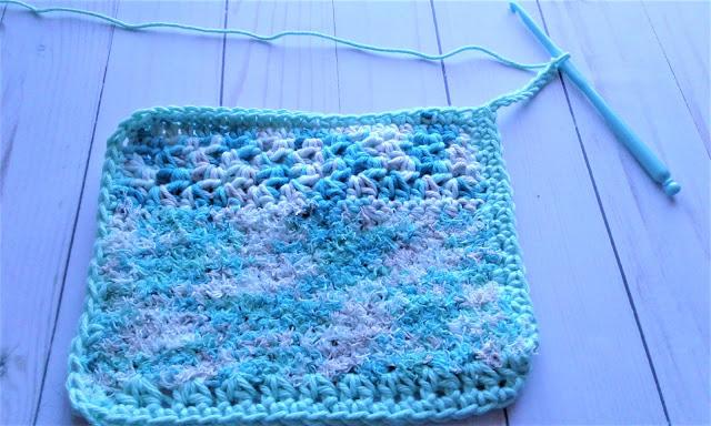 crochet hanging loop on dishcloth