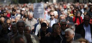 Οι συνταξιούχοι έχασαν 50 δισ. ευρώ - 23 περικοπές