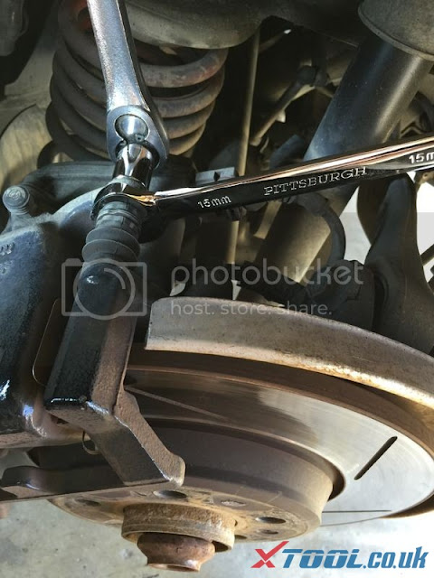Remplacer EPB 2010 Audi A5 par Xtool V401 11