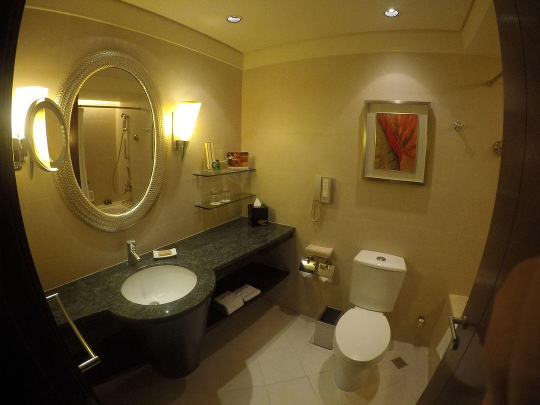 Bathroom at EDSA Shangri-La Hotel