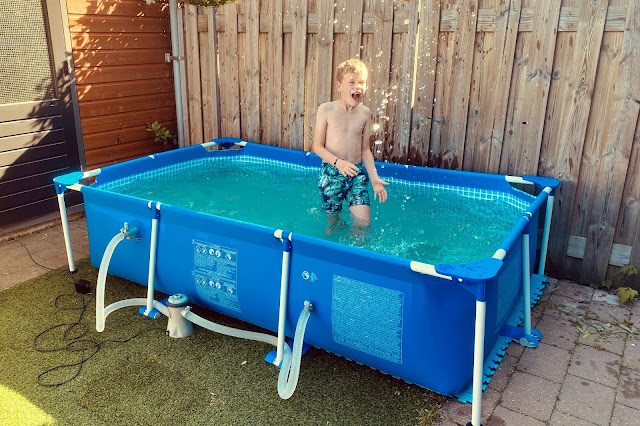 Intex Zwembad in de tuin