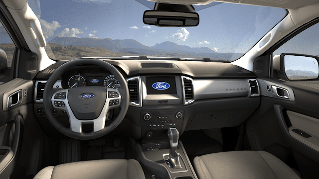 Interior view of 2019 Ford Ranger XLT