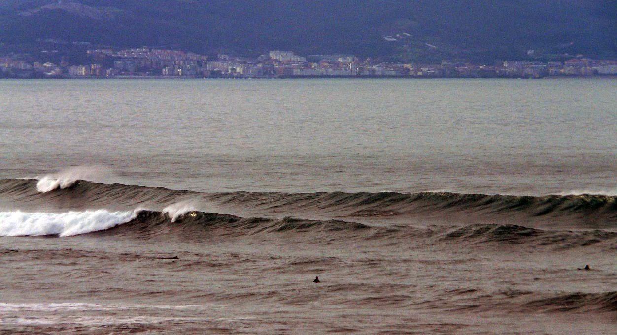 surfing sopelana 01