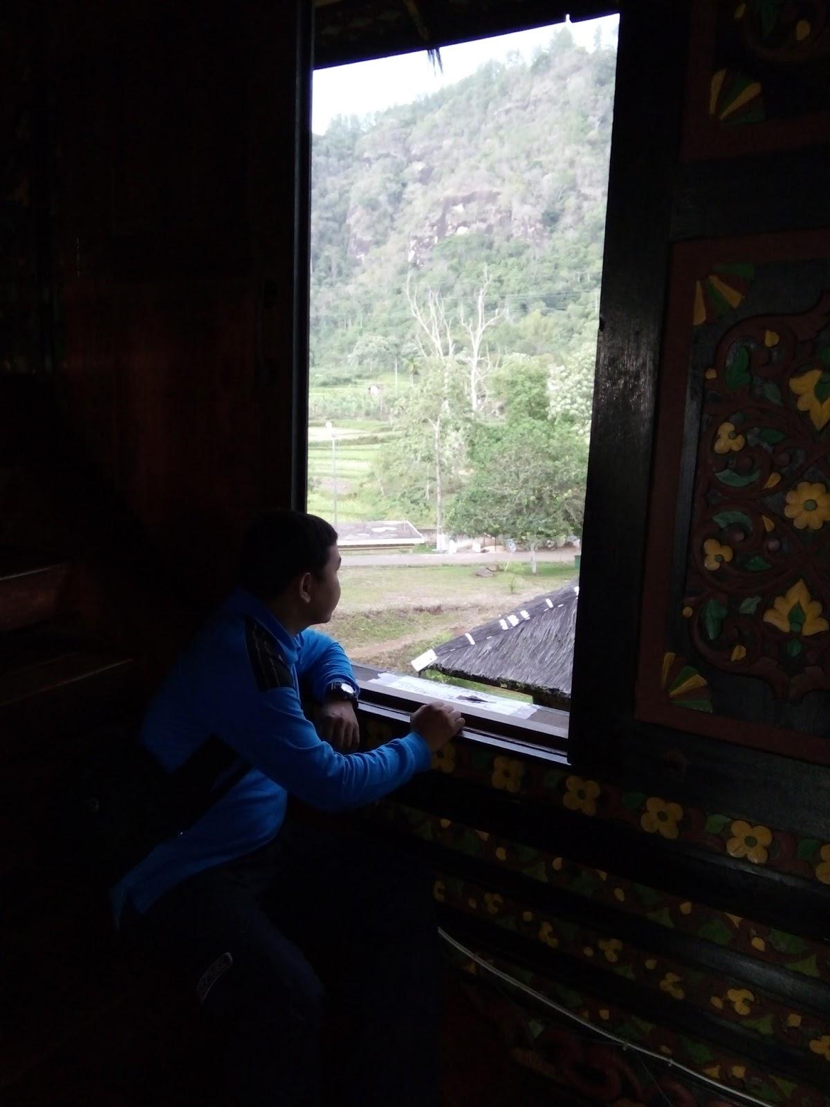 Istano Basa Pagaruyung di Batu Sangkar