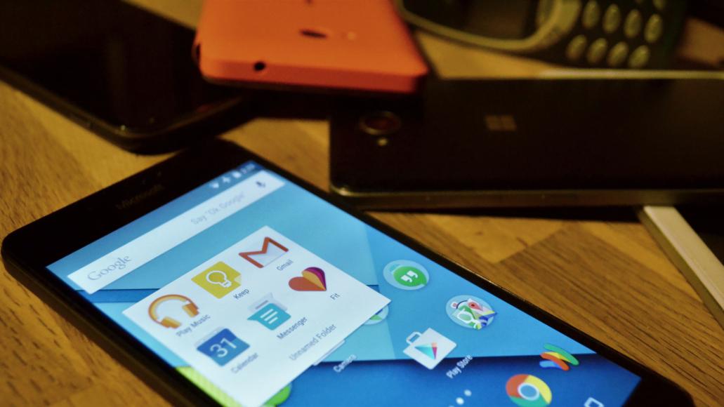 Android 7.1 Nougat in esecuzione su Lumia 520 e 525 | Video x2 HTNovo