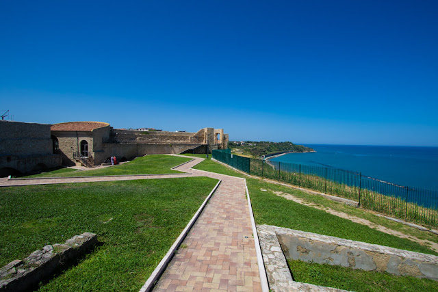 Cortile interno del Castello aragonese-Ortona