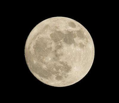 Apa Di Balik Misteri Sisi Gelap Bulan?