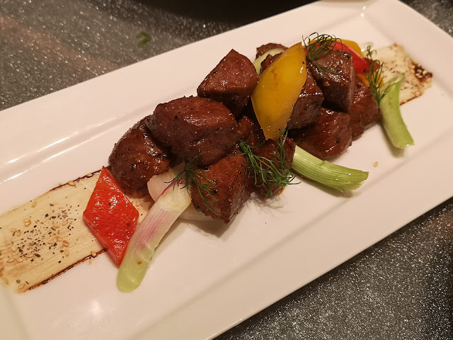 Stir-fried Japanese A4 Wagyu Beef Cube with Spring Onion in Black Pepper Sauce