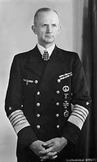 K Doenitz, sucesor de Hitler