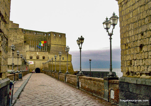 Castel dell'Ovo, Nápoles, Itália