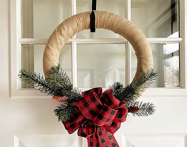 Easy Pool Noodle Wreath