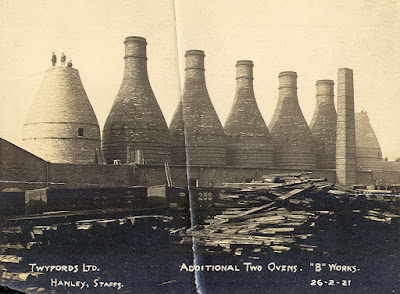 Bottle oven construction at Twyfords Etruria February 1921