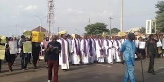 Catholic priests lead Anambra protest against killings in Nigeria