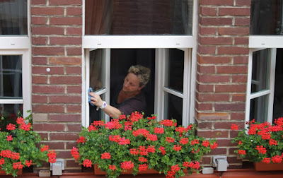 curatat geamuri