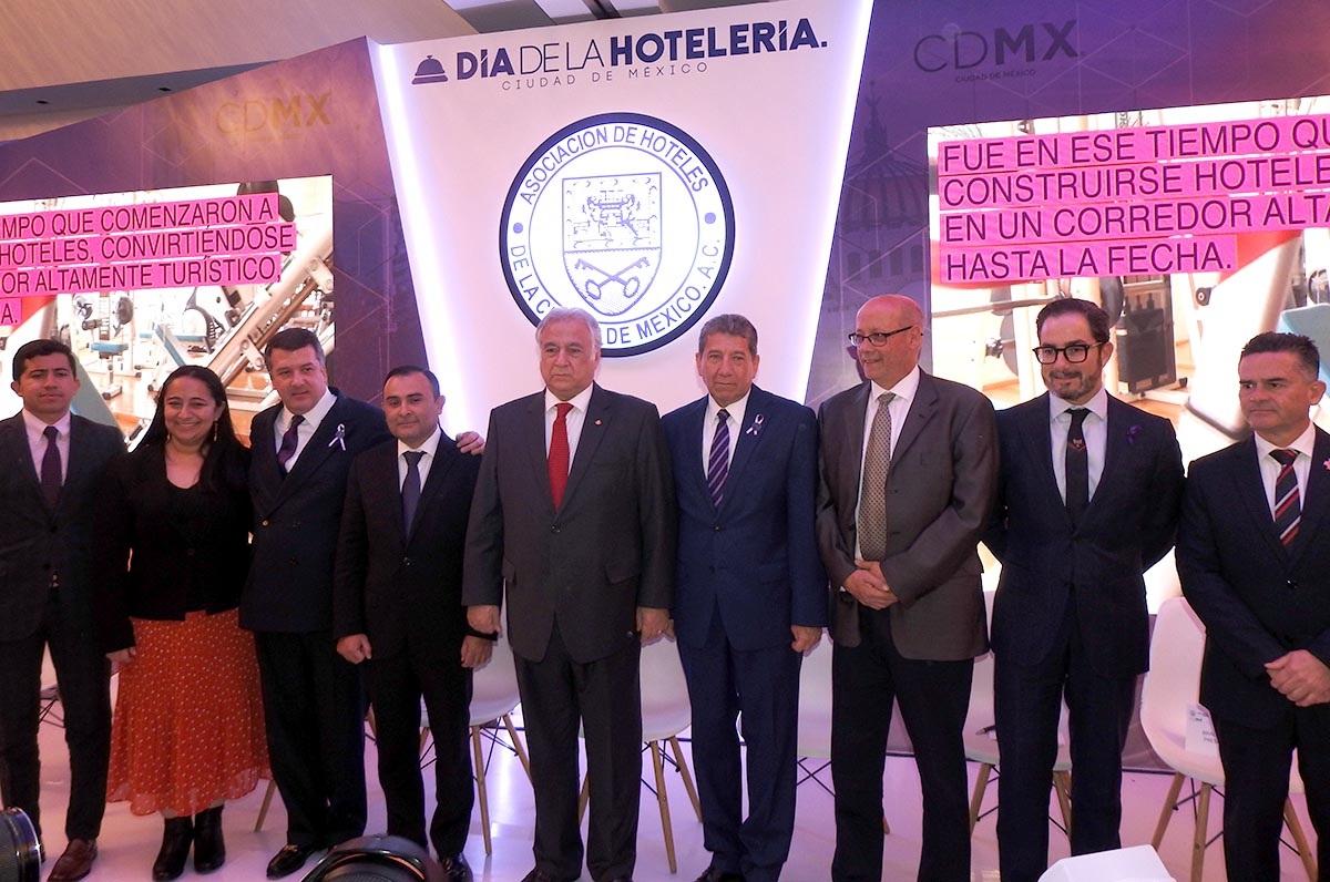RAFAEL GARCÍA PRESIDENCIA AOCIACIÓN HOTELES CDMX 06