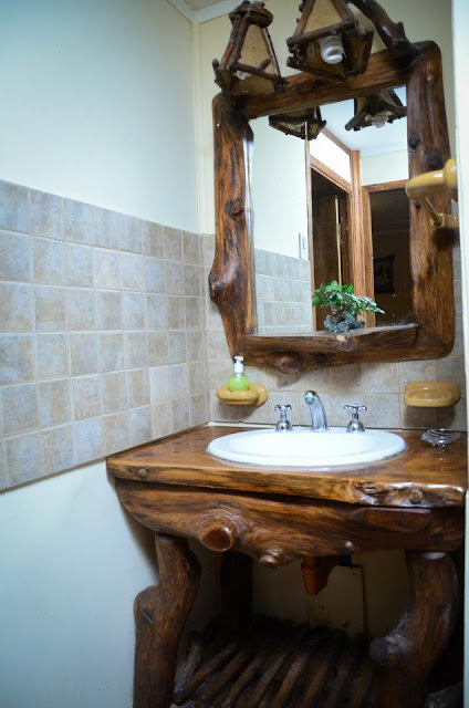 Arte rustika muebles rusticos artesanales vanitorys for Espejos de bano rusticos