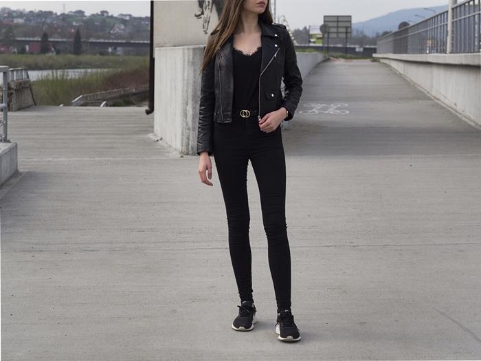 czarna stylizacja