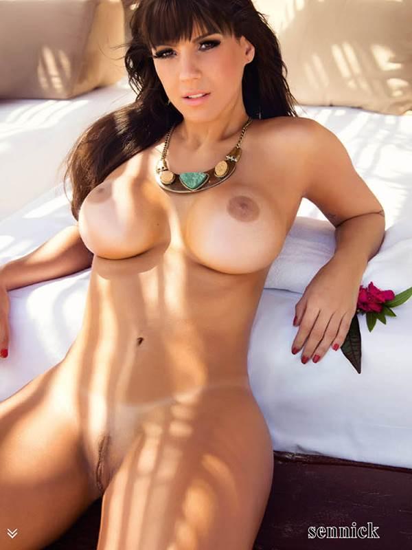 Carol Dias pelada nua em vídeo e fotos 3